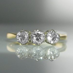 Old Cut Three Stone Diamond Ring in 18k Gold