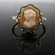 Vintage Cameo Ring In 9K Gold