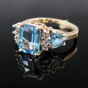 Blue Topaz And Diamond Ring 14K Gold
