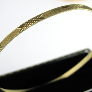 Elegant 14k Gold Bangle