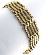 9k Gold Gate Bracelet - Irish Made