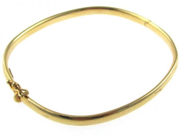 Timeless 18k Gold Bangle