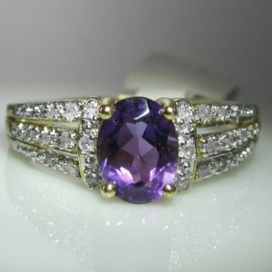 Amethyst and Diamond Ring in 9k Gold