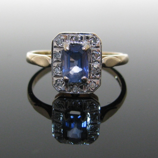 Sapphire and Diamond Gold Ring , Sapphire Ring, Fine Jewellery, Jewellery Shop, Jewellers, Galway