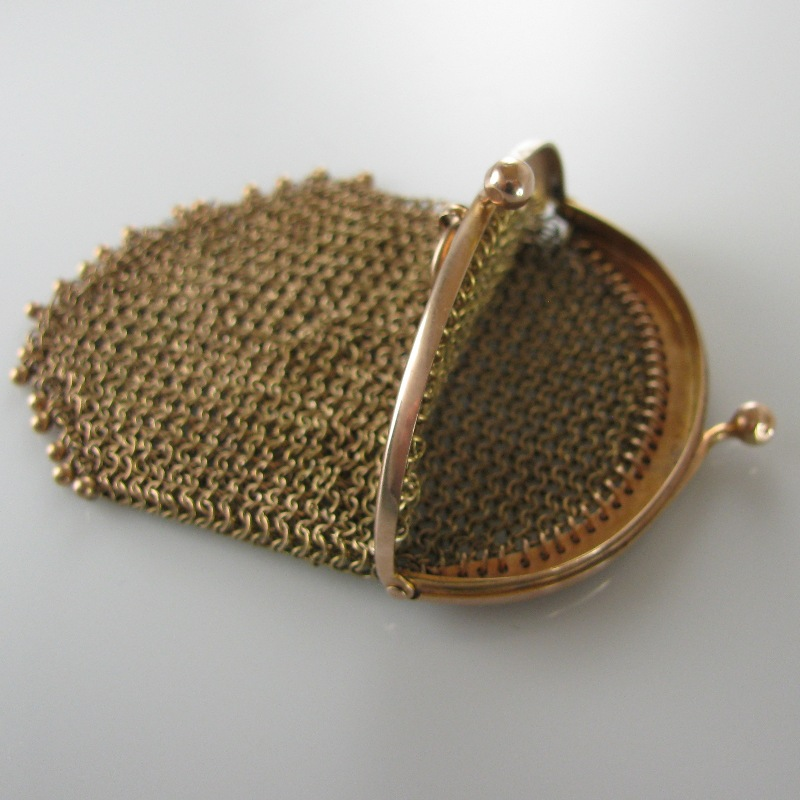 Vintage Gold Mesh Sovereign Purse 9k The Antiques Room