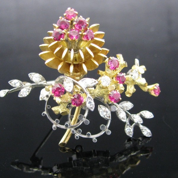 Diamond and Ruby Brooch 18K Gold