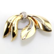 Vintage 18k Gold Bow Brooch with Diamond