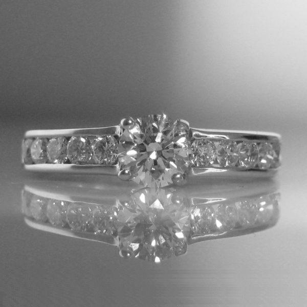 1.0ct Diamond Ring