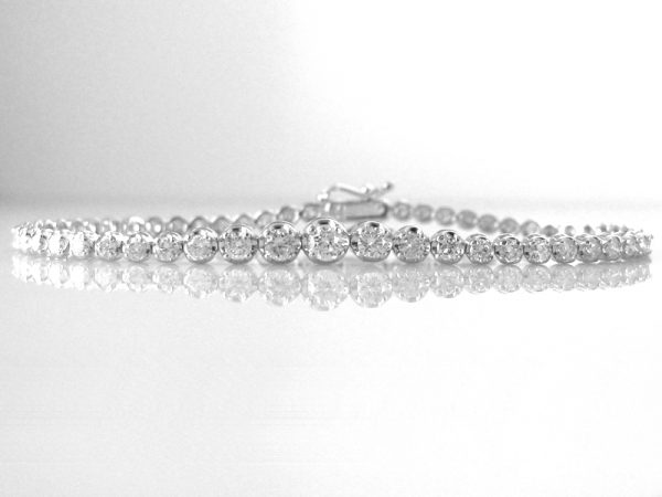 2.5ct Diamond Tennis Bracelet in 18k Gold