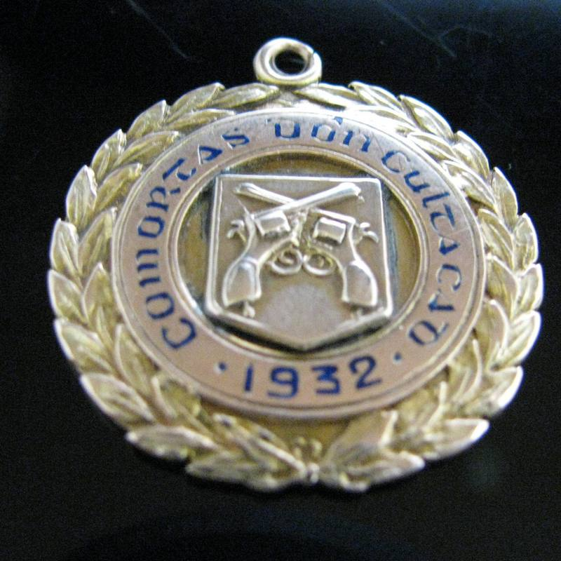 Sold 9ct Gold Irish Army Medal 1932 The Antiques Room