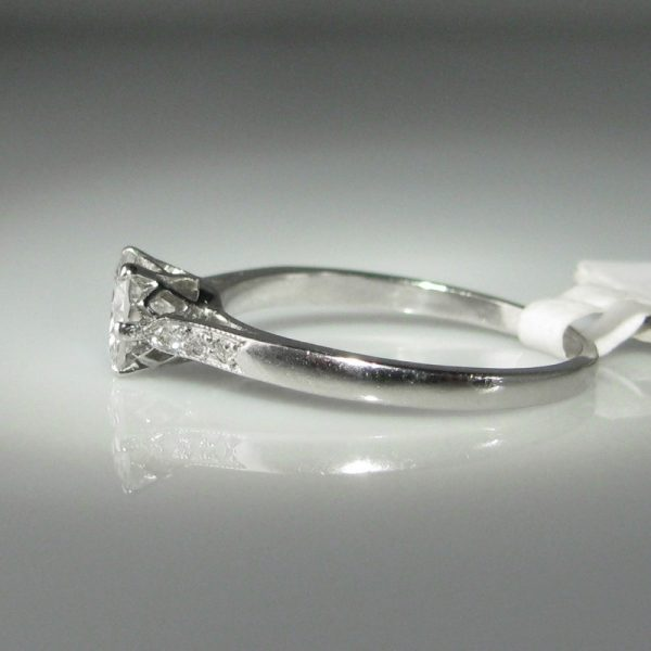 Engagement Rings Galway: 0.75ct Diamond & Platinum Ring