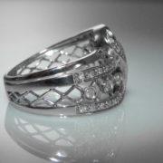 Diamond Ring in White Gold