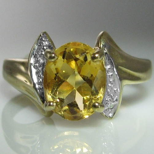 Citrine and Diamond Ring in 9k Gold