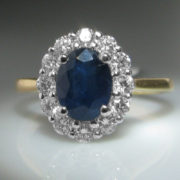 Sapphire and Diamond Ring - 18k Gold