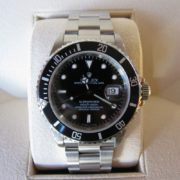 Rolex Submariner Date - 16610 - Stainless Steel