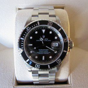 Rolex Submariner Date - 16610 - Stainless Steel