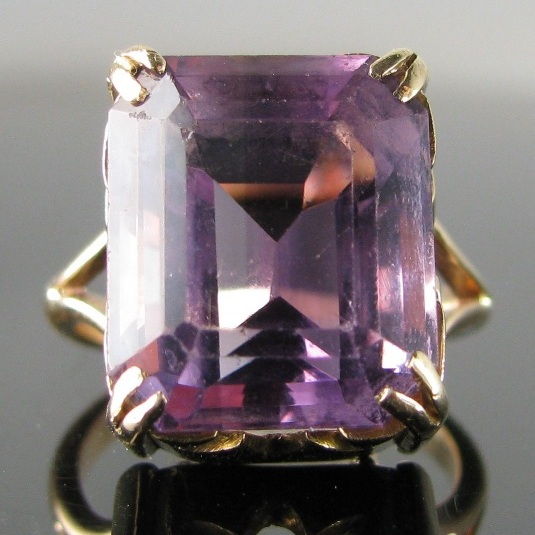 Vintage Amethyst Ring in Unique 9k Gold setting