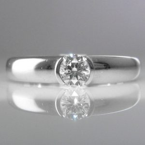 Solitaire Diamond Ring in Platinum - Signed Tiffany