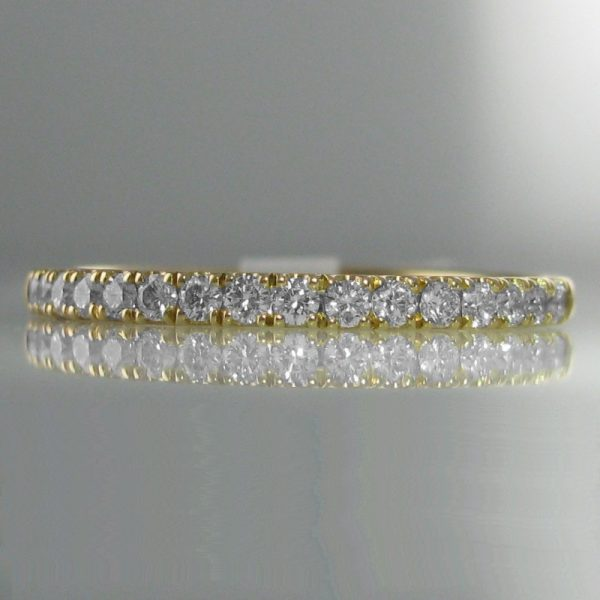 Diamond Ring in 18k Yellow Gold
