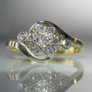 Diamond Daisy Twist Ring - 18k Gold