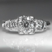 1.0 ct Art Deco Diamond Ring set in Platinum