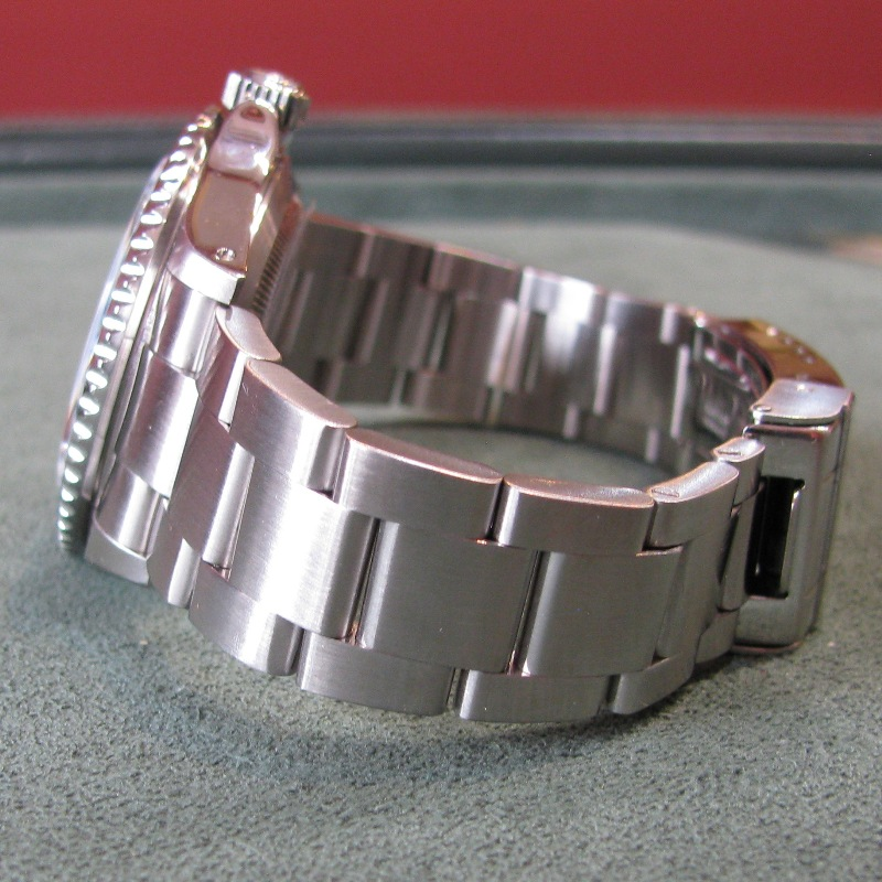 Rolex Submariner Date Steel - 2001 - SEL - K Serial