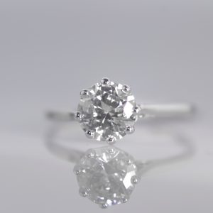 Antique Solitaire Diamond Ring In Platinum 1.13 cts