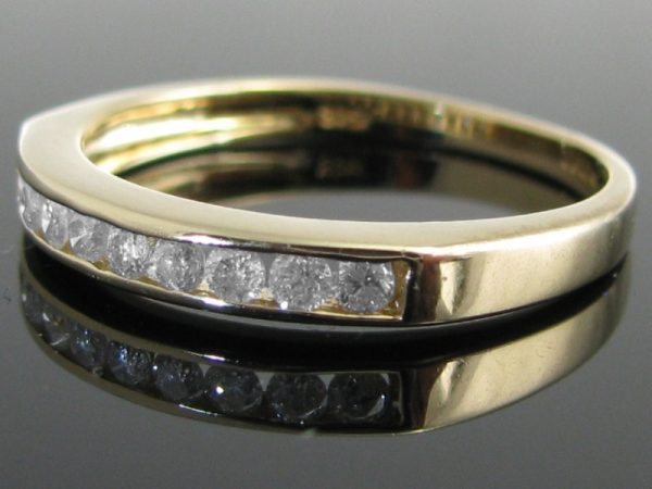 Diamond Eternity Ring in 9k Gold