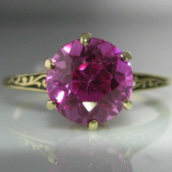 Vintage Solitaire Red Spinel Ring