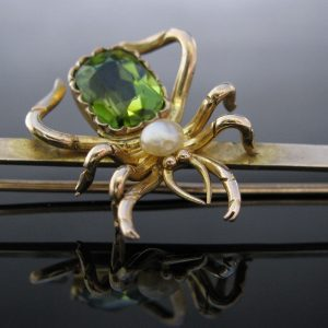 Victorian Gold Spider Brooch Peridot & Pearl