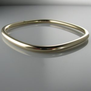 Gold Bangle, Gold Bracelet, The Antiques Room