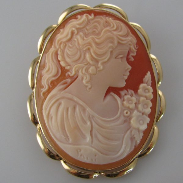 Large Cameo Brooch - 14k Gold