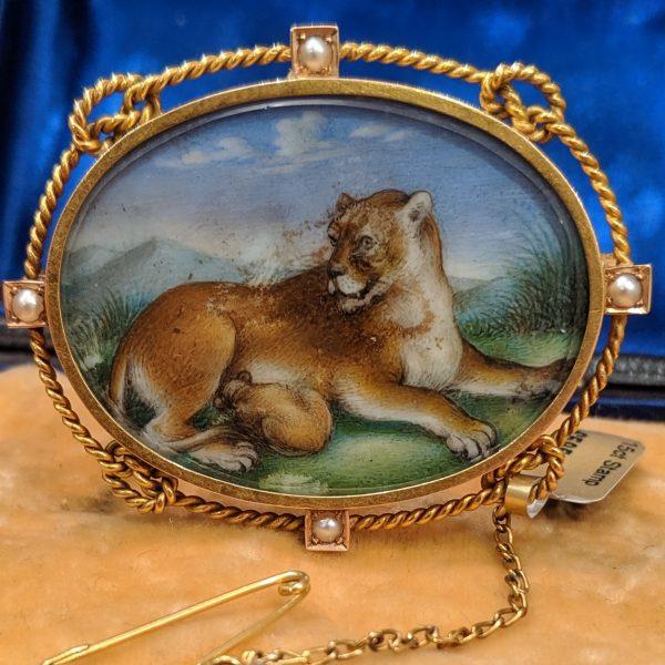 Tiger King Brooch 15ct gold